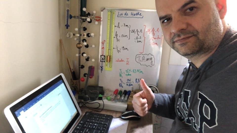 Enseignant matières scientifiques